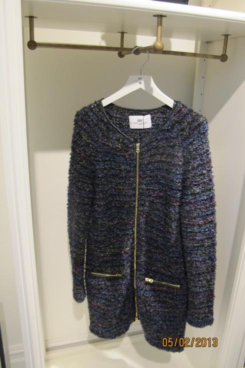 Fantastisk strikke jakke fra day Birger et Mikkelsen.