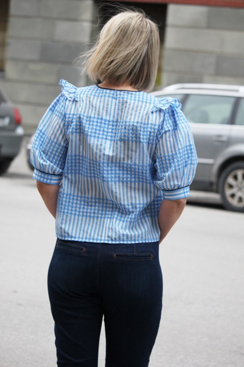 ganni blå bluse bak
