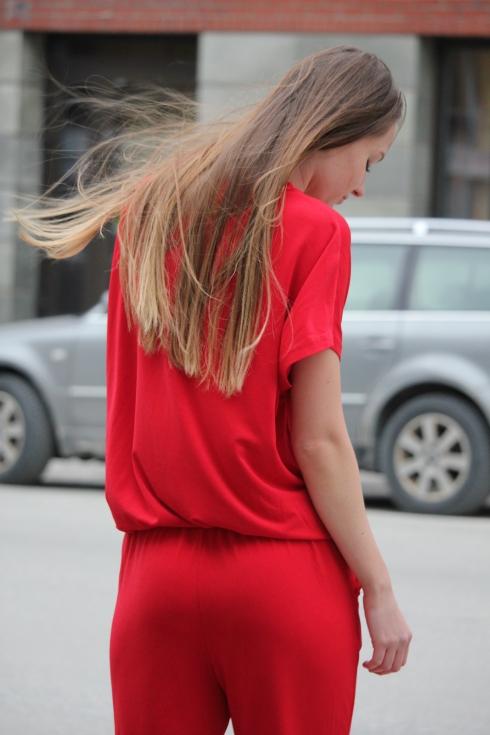 mb rød jumpsuit bak2