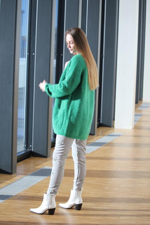 mb grønn cardigan side