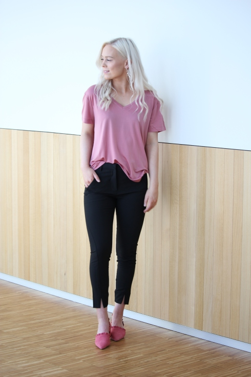 ss rosa tee hel for