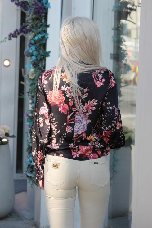 day blomster bluse bak