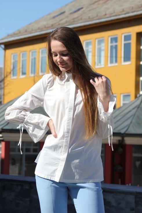 merethe shirt for