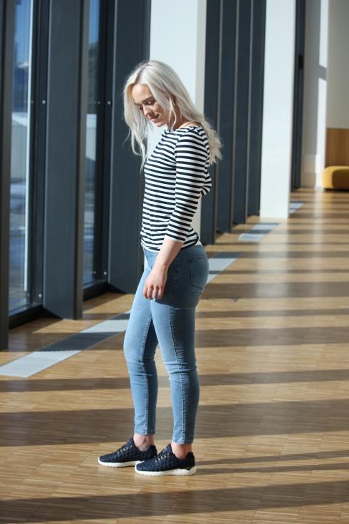 th stripet genser side