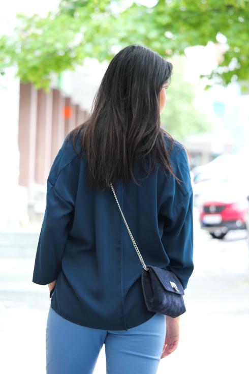 mb blå bluse bak2