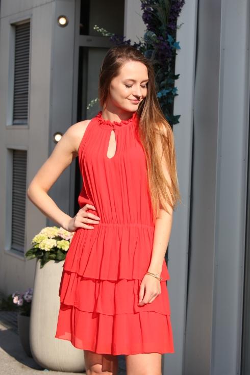 sf rød kjole portrett